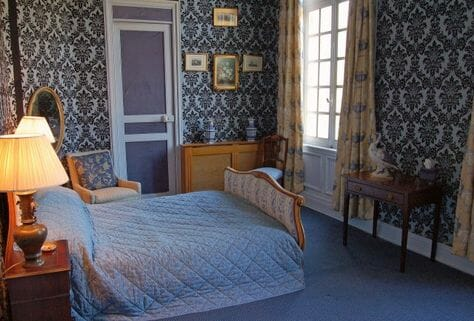 Blue-Bedroom-Chateau-Sommesnil-Normandie-Grand-Chateau-France-Available-bookings-holidays-weddings