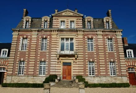 Chateau-Sommesnil-Normandie-Grand-Chateau-France-Available-bookings-holidays-weddings